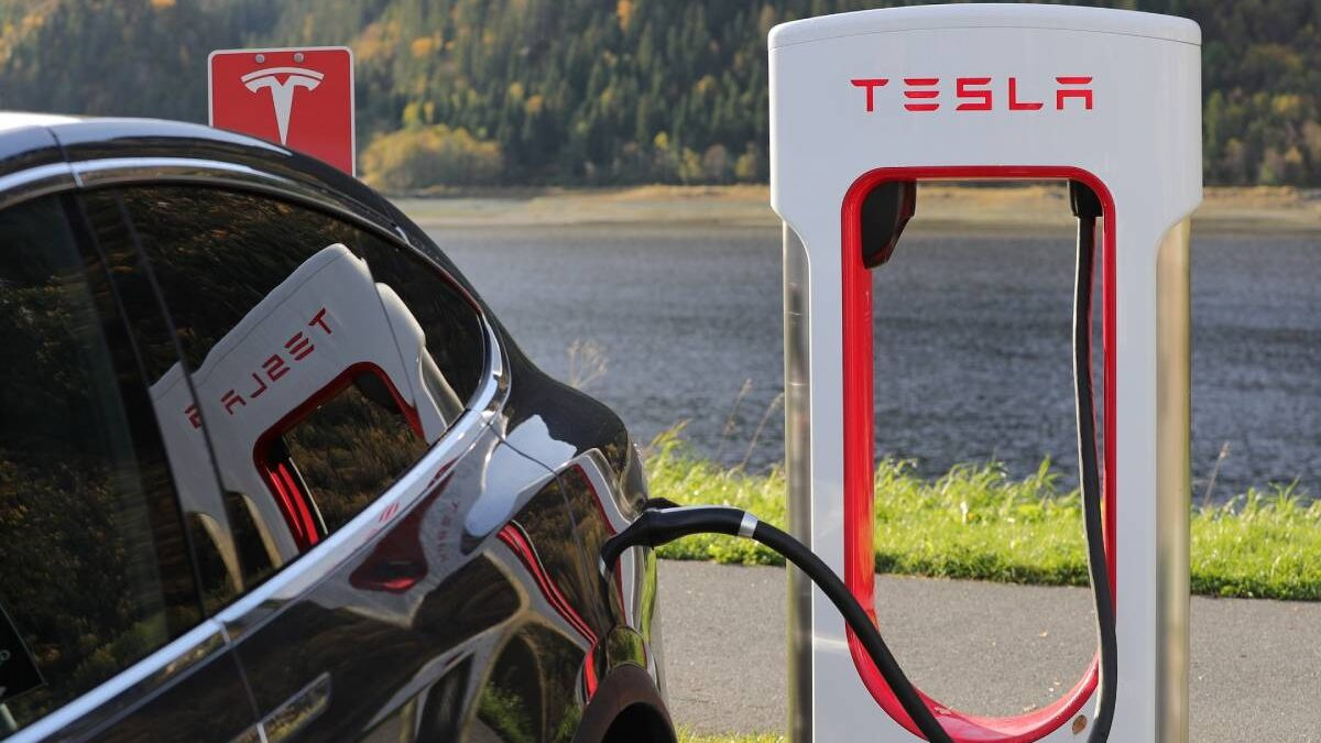 What is a Supercharger? How does it work?