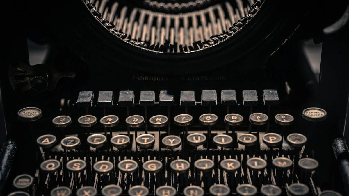 How to Write a Story Step by Step